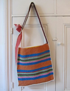 Shopping bag made from recycled plastic bags in Costa Rica