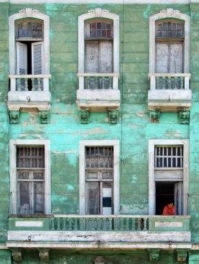 Friday Photo: Windows on the Malecón, Havana